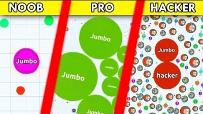 Agario : NOOB vs PRO vs HACKER with BOTS in Agar.io