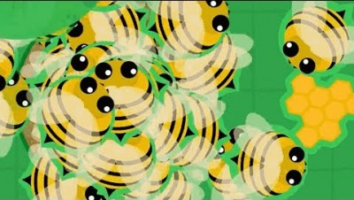 MOPE.IO // 10,000 BEES VS WHOLE SERVER // ANGRY BEES ATTACK
