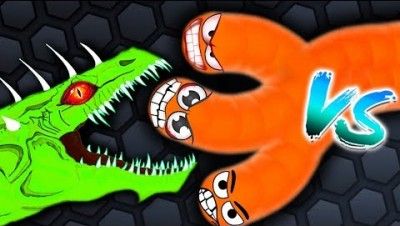 Slither.io - BOSS vs MONSTER in Slither.io Strong Bad Snake Skin Hacked! Epic Slitherio Gameplay!